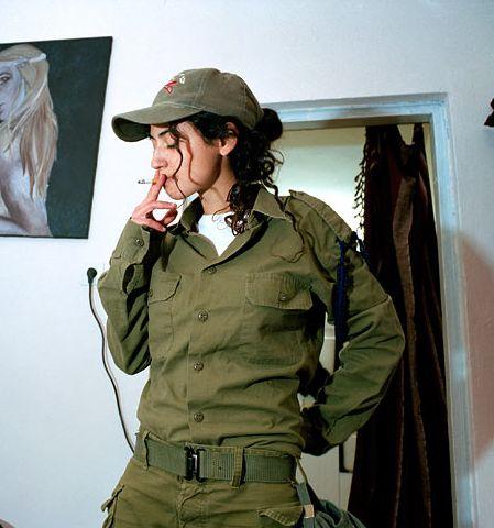 soldates du monde en photos - Page 2 Defens11