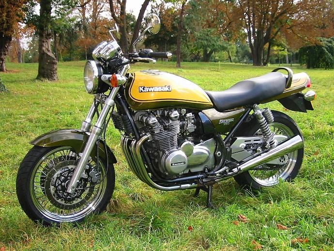 nos motos Z_comm10