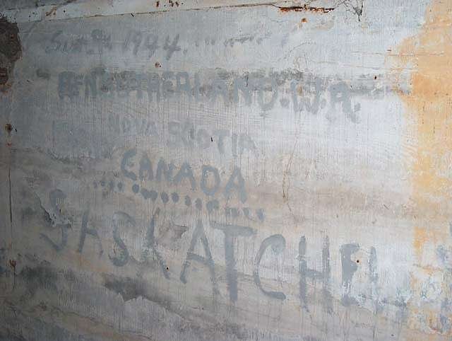 régiment Canadien dans le pas de Calais Slogan11
