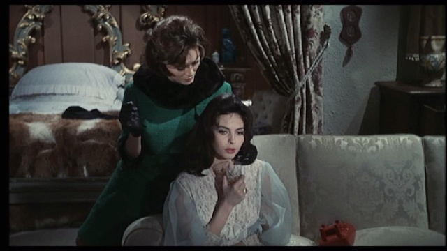 La femme dans le cinéma italien [thèse gloubibglouba] Shot3412