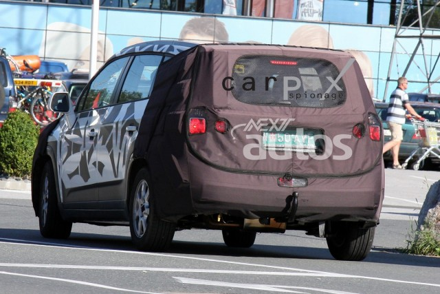2010 - [Chevrolet] Orlando Hu210