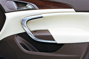 Vergleich Opel Insignia / VW Passat 20080821