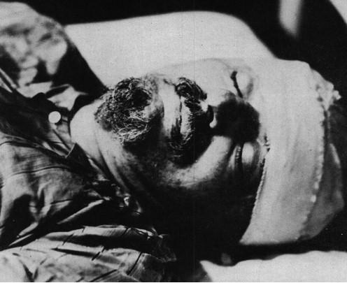 Efemérides: un día como hoy …. - Página 3 Trotsk10