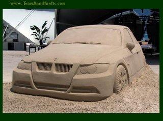 Sand sculptures - Page 2 Bmw-sa10