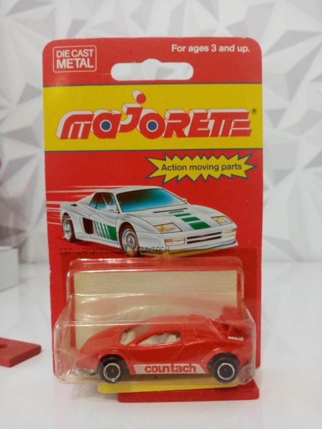 N°237 Lamborghini Countach 15805710
