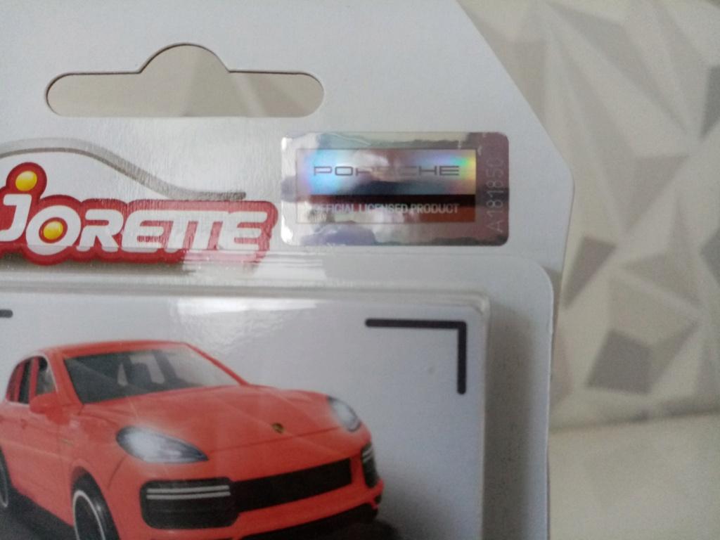 N°209J Porsche Cayenne turbo e-hybrid Img_1061