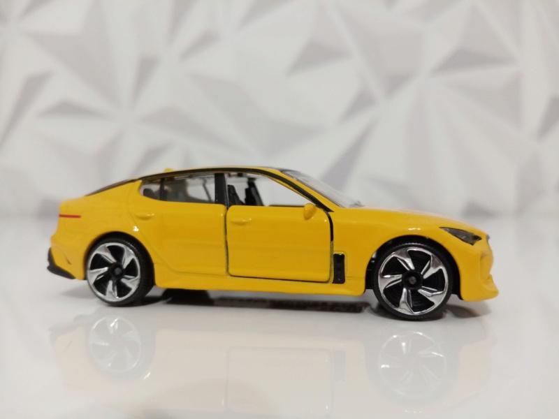 N°223A KIA PERFORMANCE CAR ( STINGER )  Img_1128