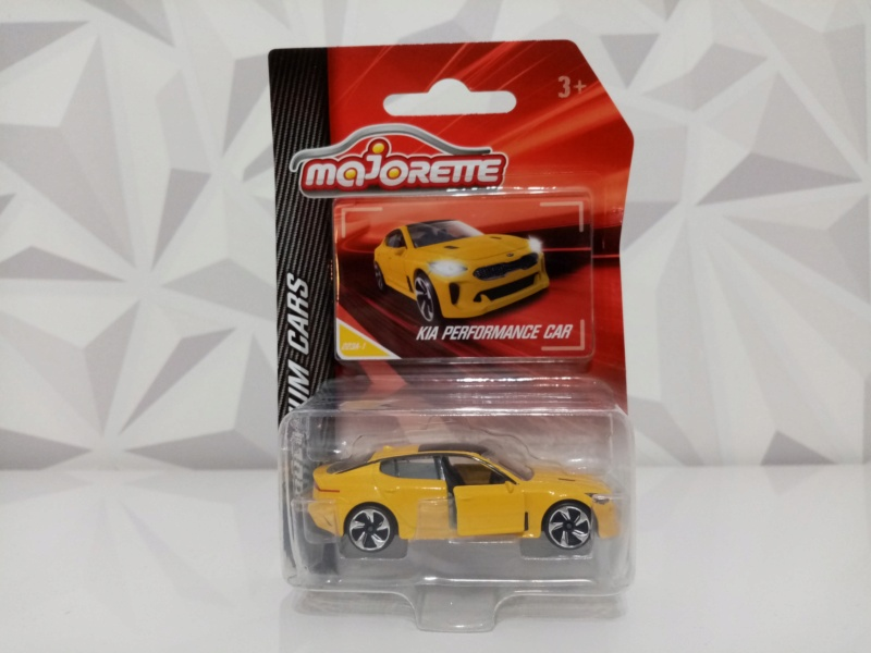 N°223A KIA PERFORMANCE CAR ( STINGER )  Img_1129