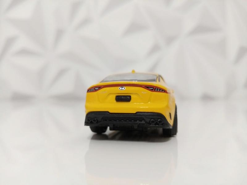 N°223A KIA PERFORMANCE CAR ( STINGER )  Img_1133