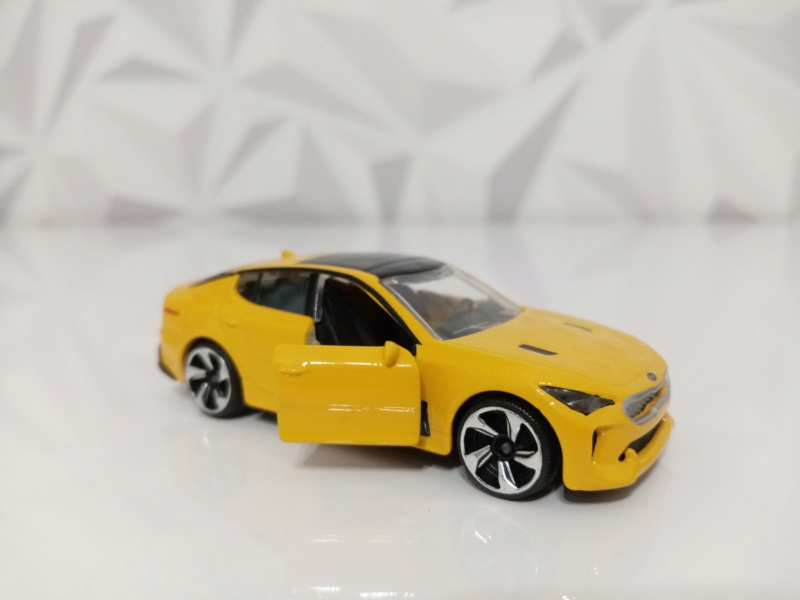 N°223A KIA PERFORMANCE CAR ( STINGER )  Img_1134