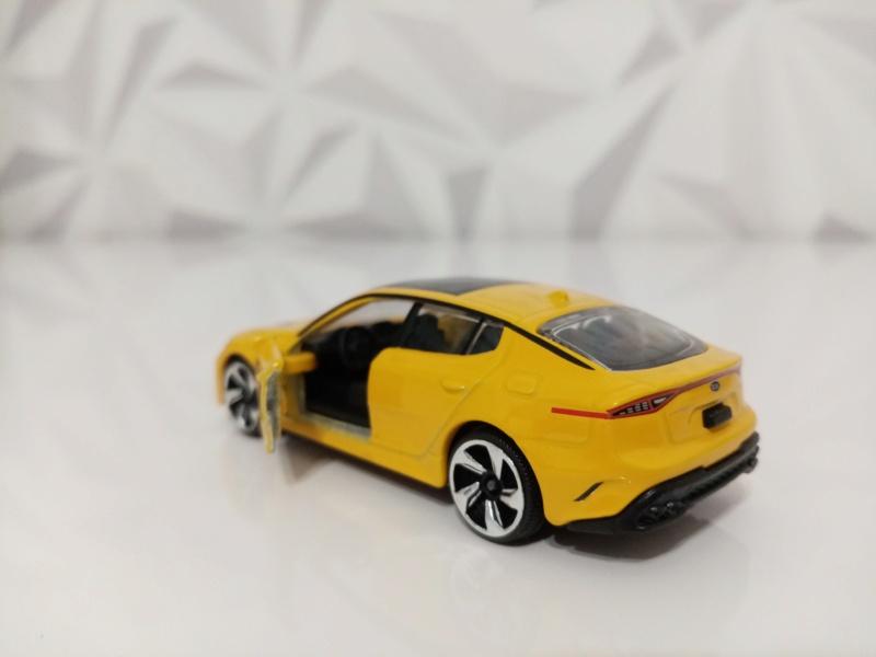 N°223A KIA PERFORMANCE CAR ( STINGER )  Img_1135