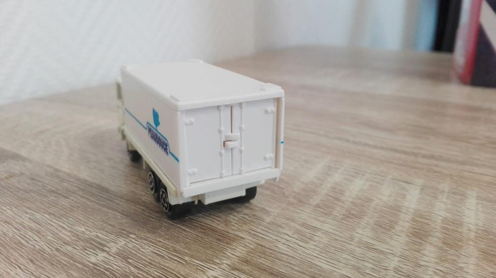 N°109 Saviem (Citerne, Container) Img_2340
