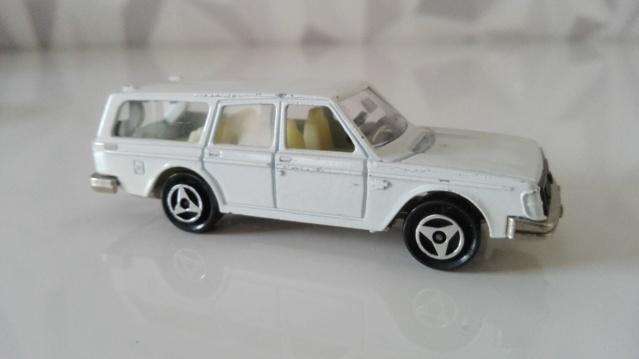 N°220 Volvo 245d - Page 2 Img_2483