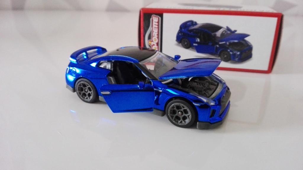 N°214G NISSAN GT-R DELUXE Img_2626