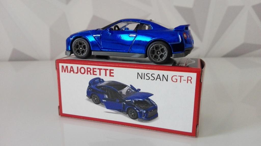 N°214G NISSAN GT-R DELUXE Img_2628