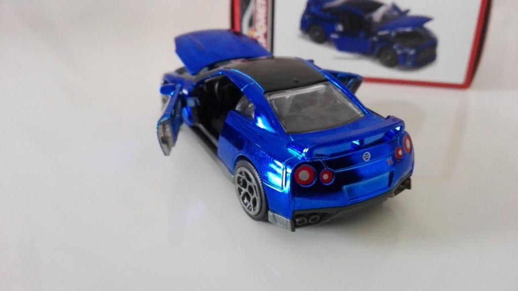 N°214G NISSAN GT-R DELUXE Img_2629