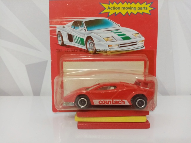 N°237 Lamborghini Countach Img_2830