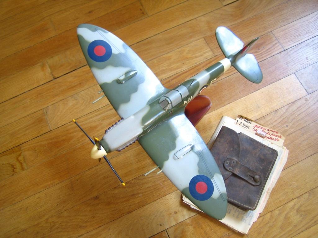 Spitfire du Groupe Alsace, cartouchière WW1 et du Stalag Img_3155