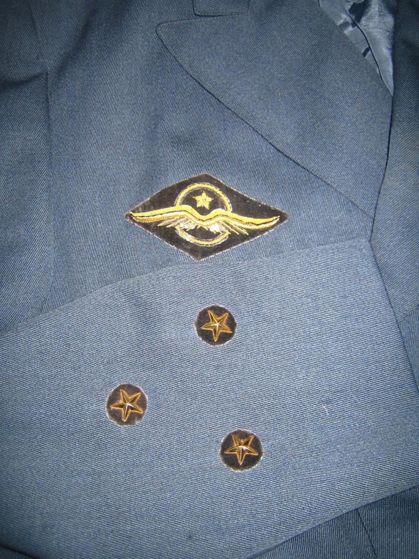 Veste de Général, insignes et photos Img_3581