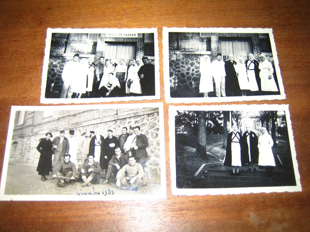Poignard bizarre, insigne et photos F 40 Img_4138