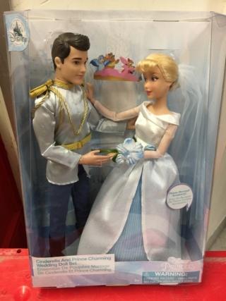 Les poupées classiques du Disney Store et des Parcs - Page 21 71d31e10