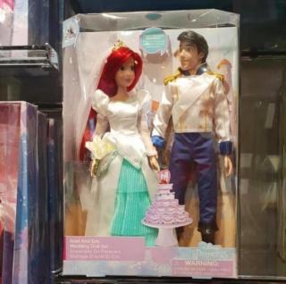 Les poupées classiques du Disney Store et des Parcs - Page 20 D7c46610