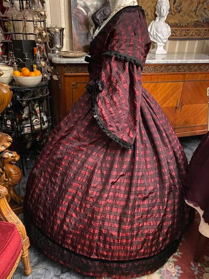 A vendre : robe de jour second empire Taille 46-48-50 79448110