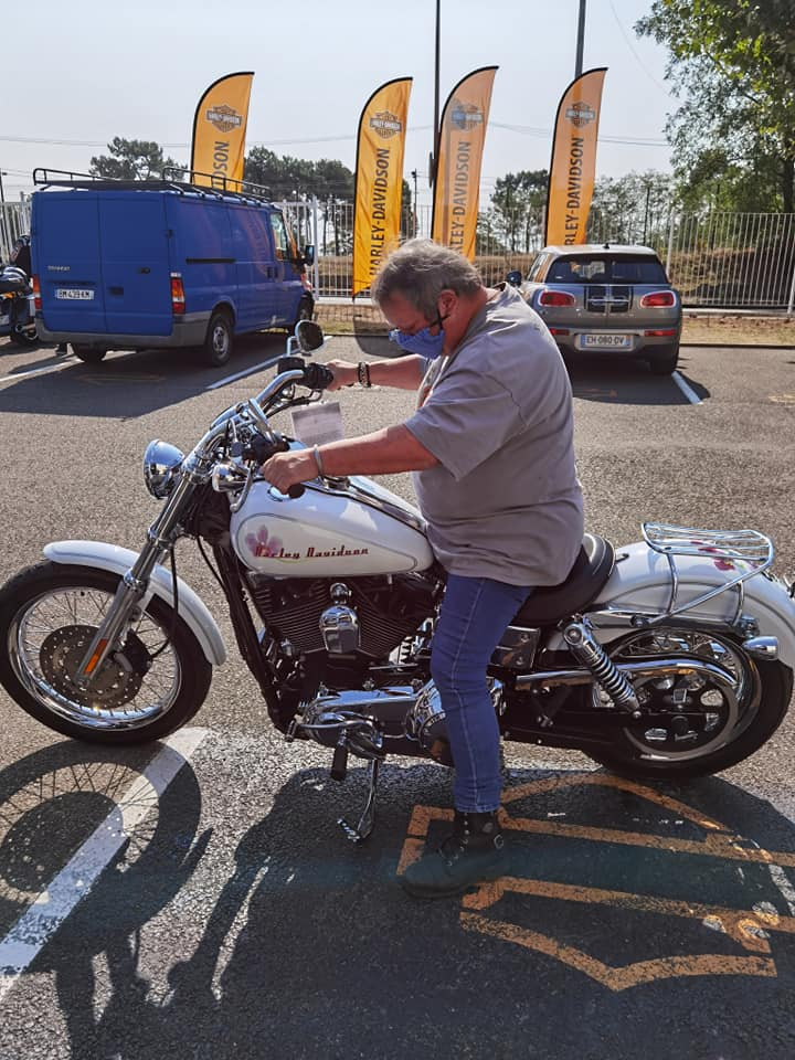 Dyna low rider de Brigitte 11899410