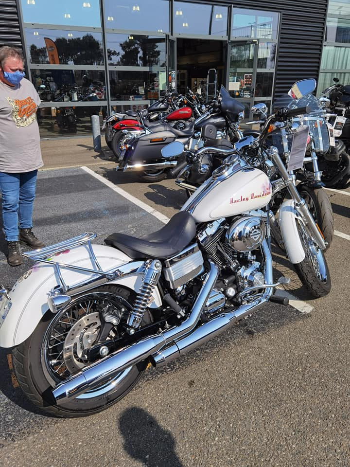 Dyna low rider de Brigitte 11927310