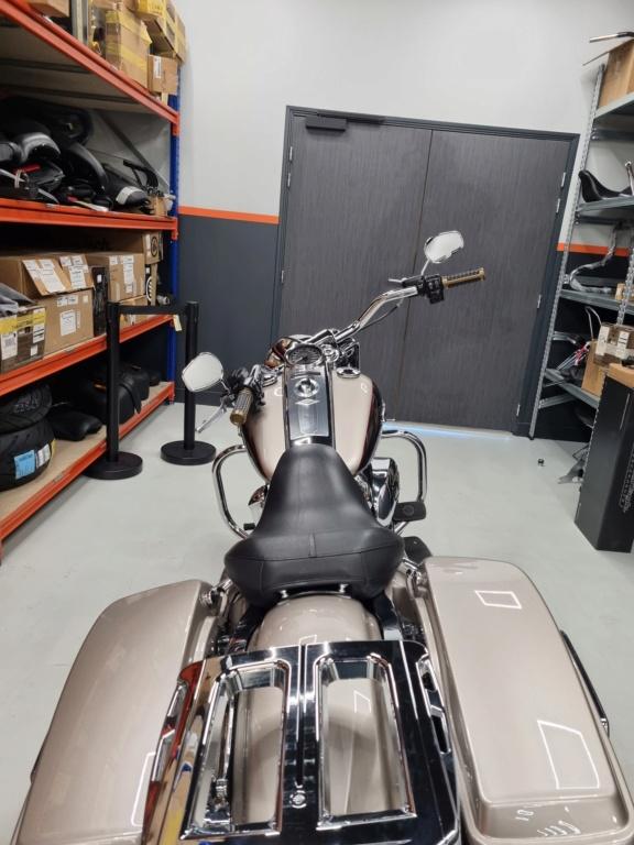 Road King uniquement, combien sur Passion-Harley  - Page 29 20210321