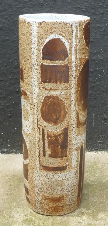 Tall mid-century cylinder vase, BLL mark Cyl_a10