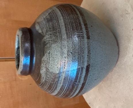 Round stoneware jar Img_0116