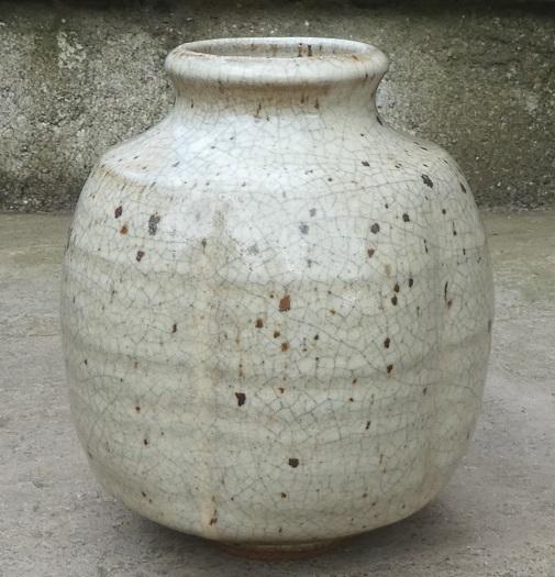 Crackle glazed stoneware vase Mv_a10