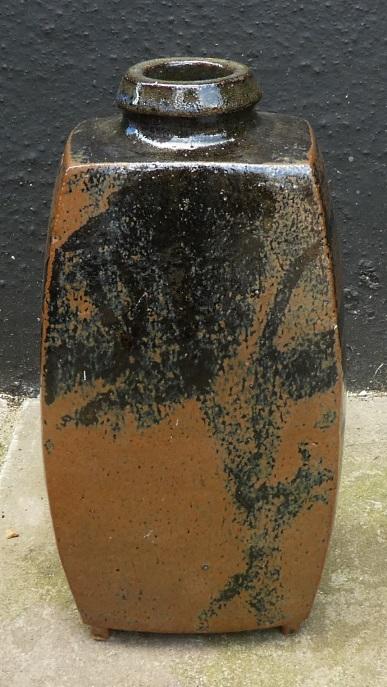 Stoneware slab built vase, AV or AN mark  Slab_a10