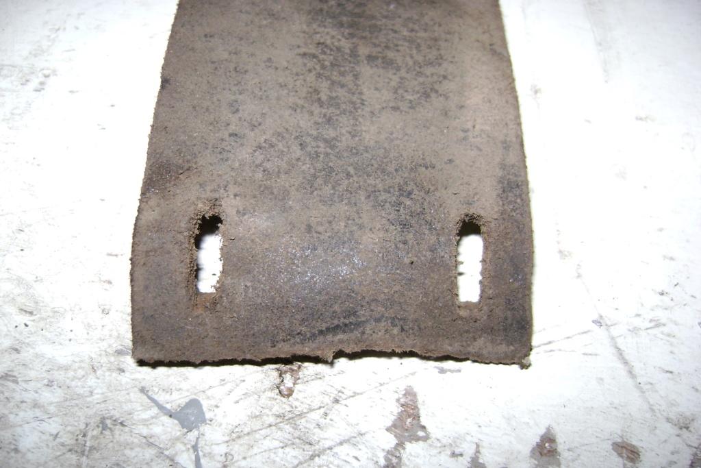 ( Recherche ) courroie plate banc de scie staub Dsc00812