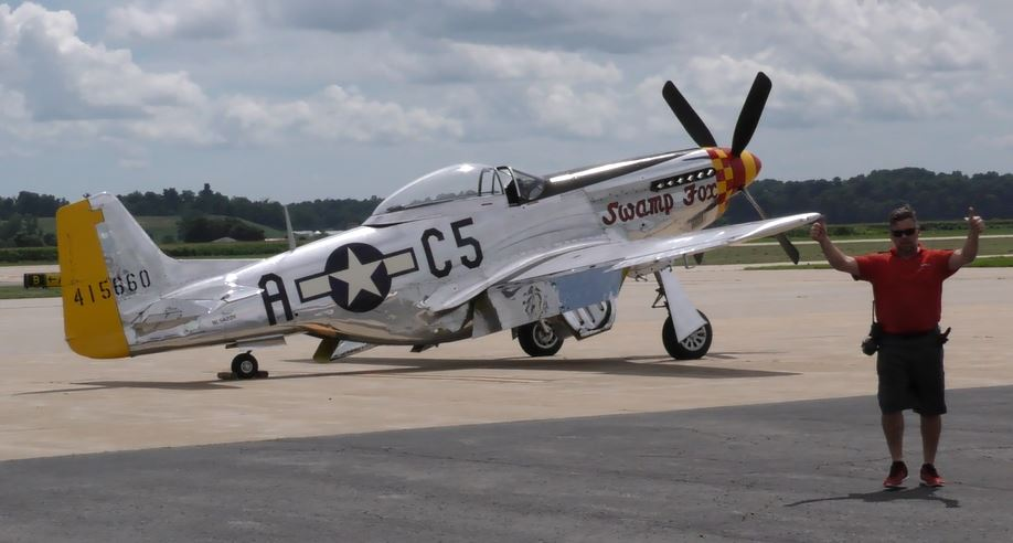 """On the Ramp Right Now:  P-51D """"Swamp Fox"""" Visits KCGI  - Page 26 0_1011"""