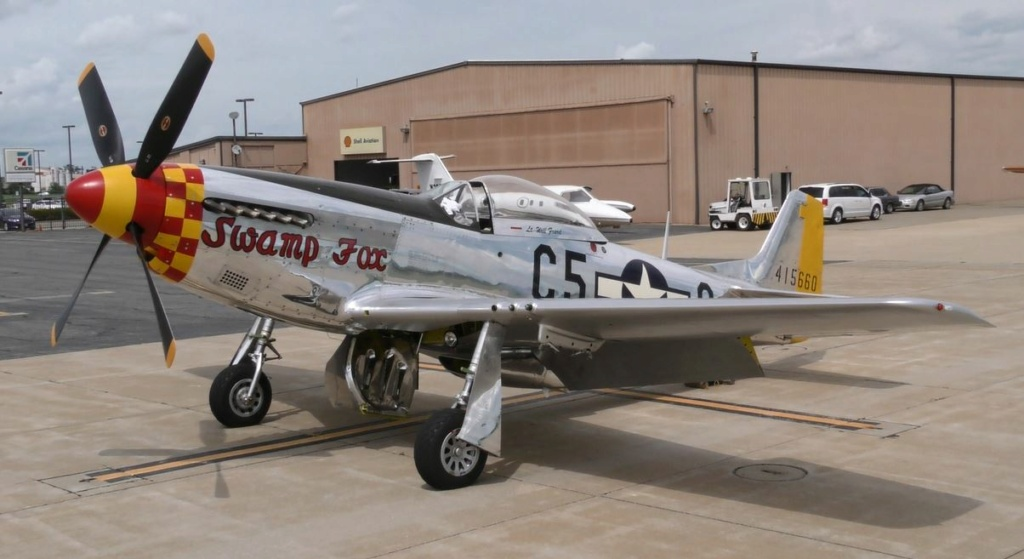 """On the Ramp Right Now:  P-51D """"Swamp Fox"""" Visits KCGI  - Page 26 0_1212"""