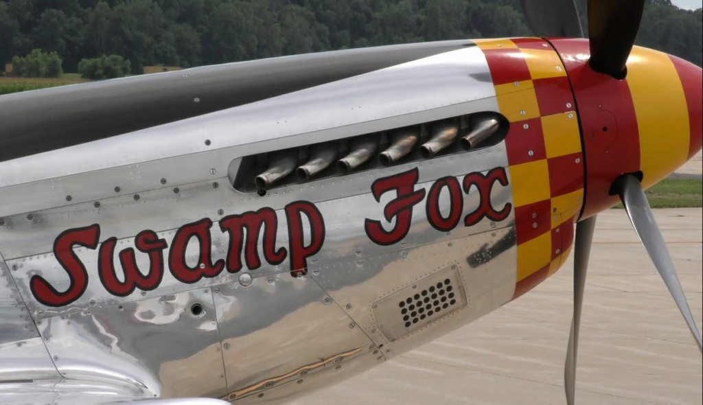"""On the Ramp Right Now:  P-51D """"Swamp Fox"""" Visits KCGI  - Page 26 0_1311"""