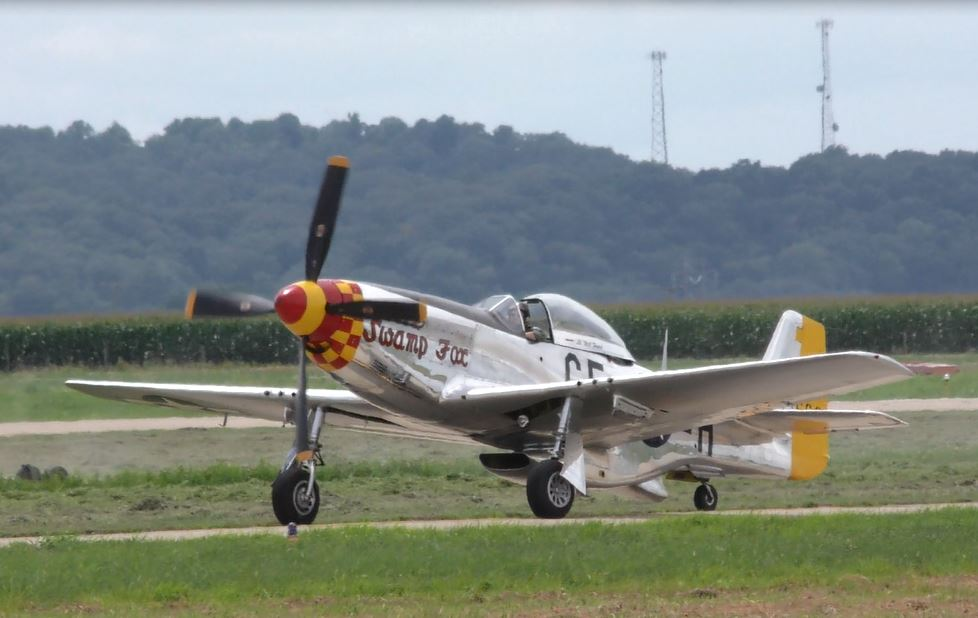 """On the Ramp Right Now:  P-51D """"Swamp Fox"""" Visits KCGI  - Page 26 0_29"""