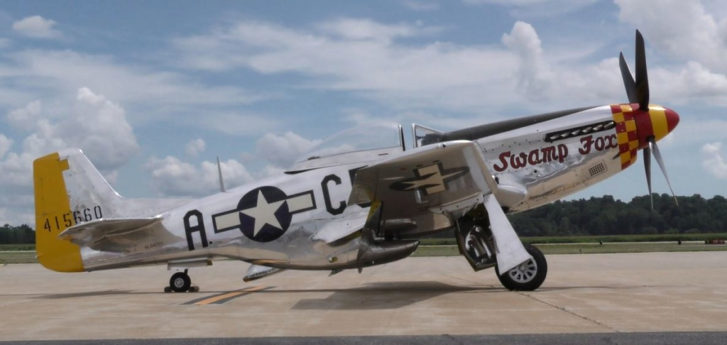 """On the Ramp Right Now:  P-51D """"Swamp Fox"""" Visits KCGI  - Page 26 0_615"""