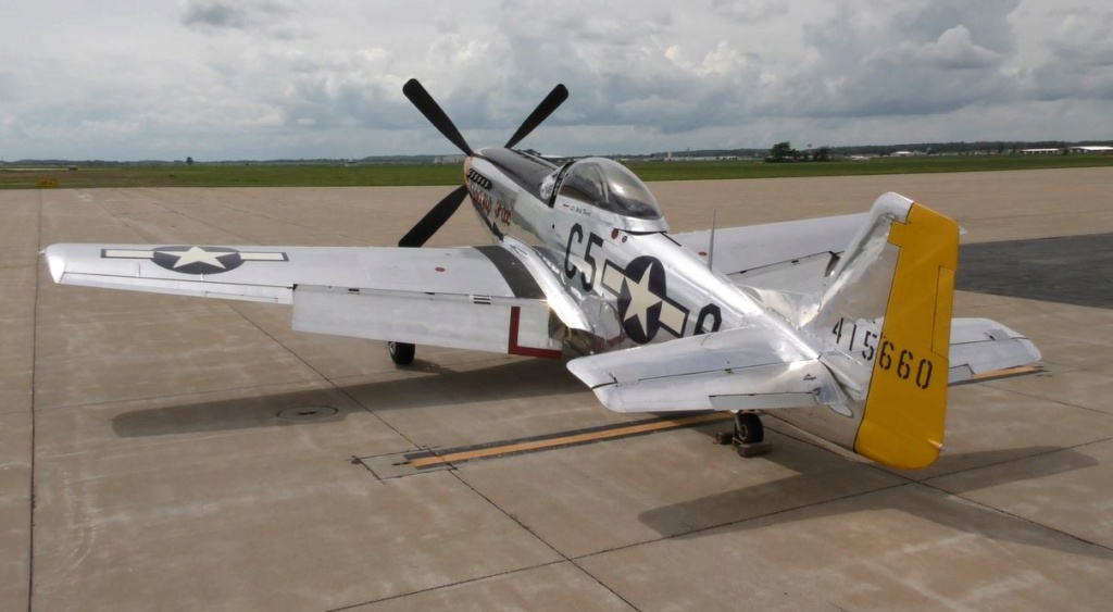"""On the Ramp Right Now:  P-51D """"Swamp Fox"""" Visits KCGI  - Page 26 0_812"""