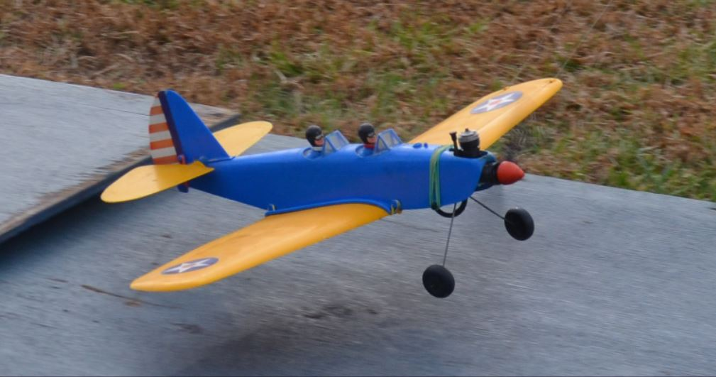 """The Official """"International Cox PT-19 Fly It If You Got It Day!"""" Thread - Page 10 100_21"""