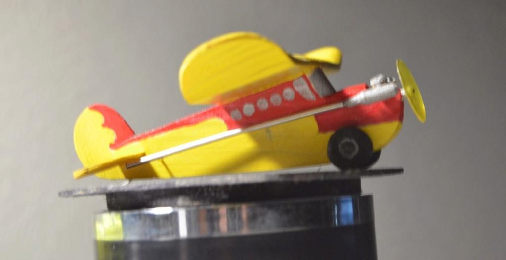 "My ""Model of a Model"" Tiny Lazy Bee !!!! 2_80"