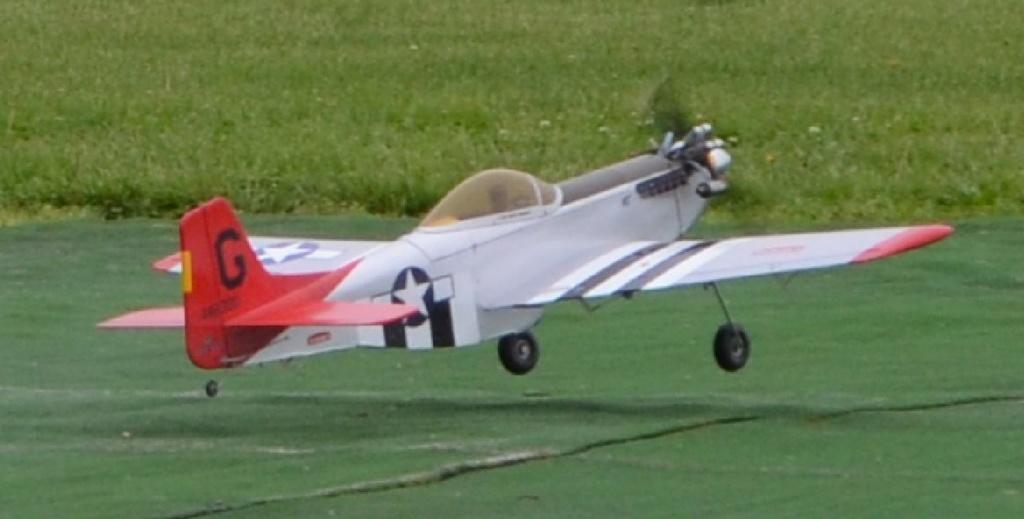 Darryl Wilson Memorial Fun-Fly at Breezy Hill  5_36