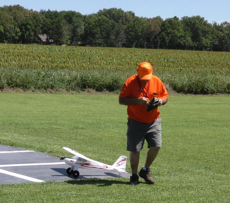 Fun with the Sky Squires on National Model Aviation Day 60_16