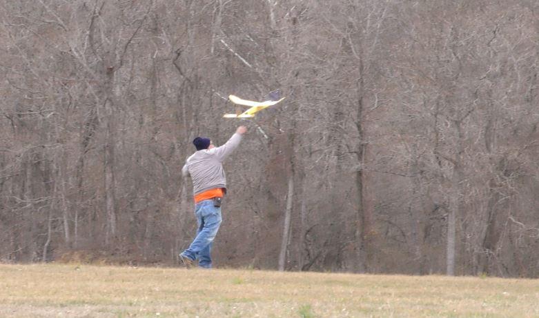 """The Breezy Hill Flyers' """"Frozen Finger Fun-Fly"""" 8_810"""
