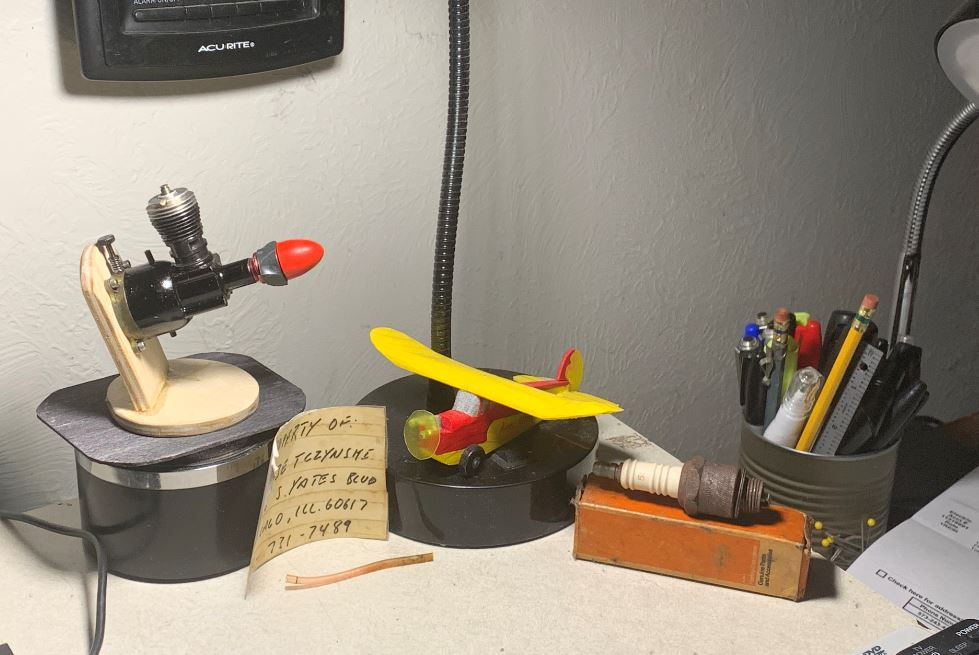 """Things that are Important...My Current """"Desk Shrine"""" _desk_10"""