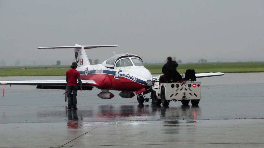 """On the Ramp Right Now:  P-51D """"Swamp Fox"""" Visits KCGI  - Page 26 Dsc00610"""