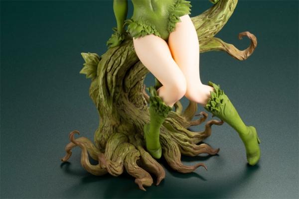 Dc comics. Bishoujo batman. Poison ivy returns.  15676618
