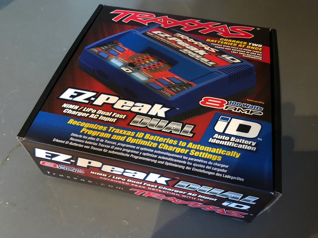 [VENDS] Chargeur Traxxas double sortie NEUF Img_9811